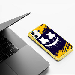 Чехол iPhone 11 матовый MARSHMELLO МАРШМЕЛЛОУ цвета 3D-желтый — фото 2