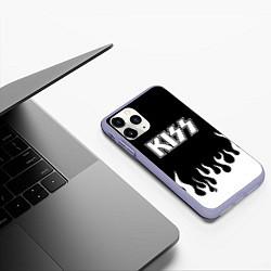 Чехол iPhone 11 Pro матовый Kiss цвета 3D-светло-сиреневый — фото 2