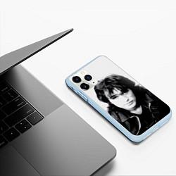 Чехол iPhone 11 Pro матовый Кино: Виктор Цой цвета 3D-голубой — фото 2