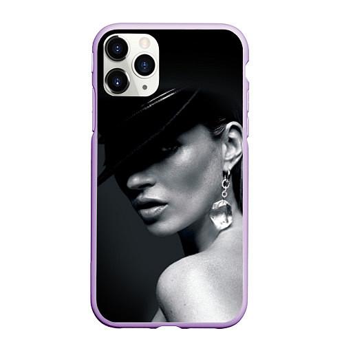 Чехол iPhone 11 Pro матовый Девушка в шляпе / 3D-Сиреневый – фото 1
