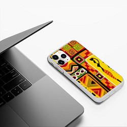 Чехол iPhone 11 Pro матовый Африка цвета 3D-белый — фото 2
