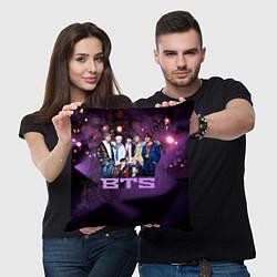 Подушка квадратная BTS цвета 3D — фото 2