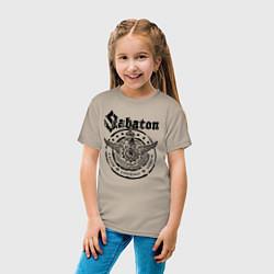 Футболка хлопковая детская Sabaton цвета миндальный — фото 2