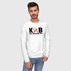 Лонгслив хлопковый мужской КГБ все еще следит за тобой цвета белый — фото 2