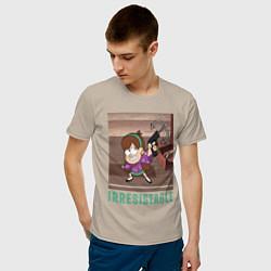 Мужская хлопковая футболка с принтом Мэйбл Пайнс, цвет: миндальный, артикул: 10271762700001 — фото 2