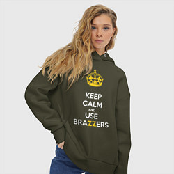 Толстовка оверсайз женская Keep Calm & Use Brazzers цвета хаки — фото 2
