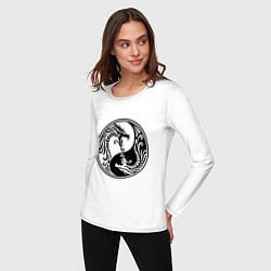 Лонгслив хлопковый женский Два дракона Инь Янь цвета белый — фото 2