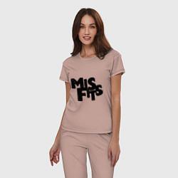 Пижама хлопковая женская Misfits цвета пыльно-розовый — фото 2