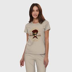 Пижама хлопковая женская Острые козырьки Череп и бритвы цвета миндальный — фото 2