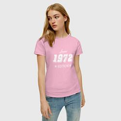 Футболка хлопковая женская Limited Edition 1972 цвета светло-розовый — фото 2